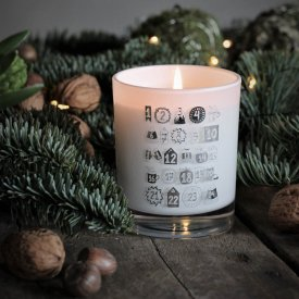 scented-candle-christmas-calendar-majas-cottage