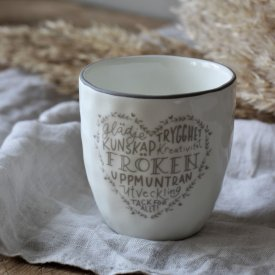 latte-cup-fröken-white-grey-majas-cottage
