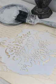 Stencil Flower - Jeanne d'Arc Living