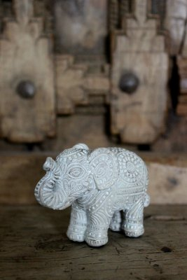 Elefant, small, Whitewash - Majas Cottage