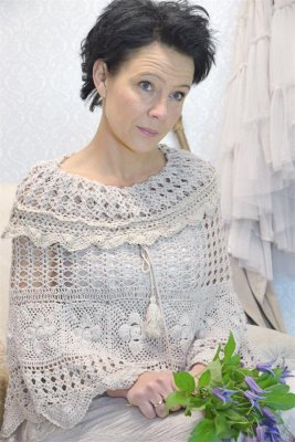Poncho Peaceful Life, latte - Jeanne d'Arc Living