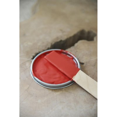 vintage-paint-warm-red